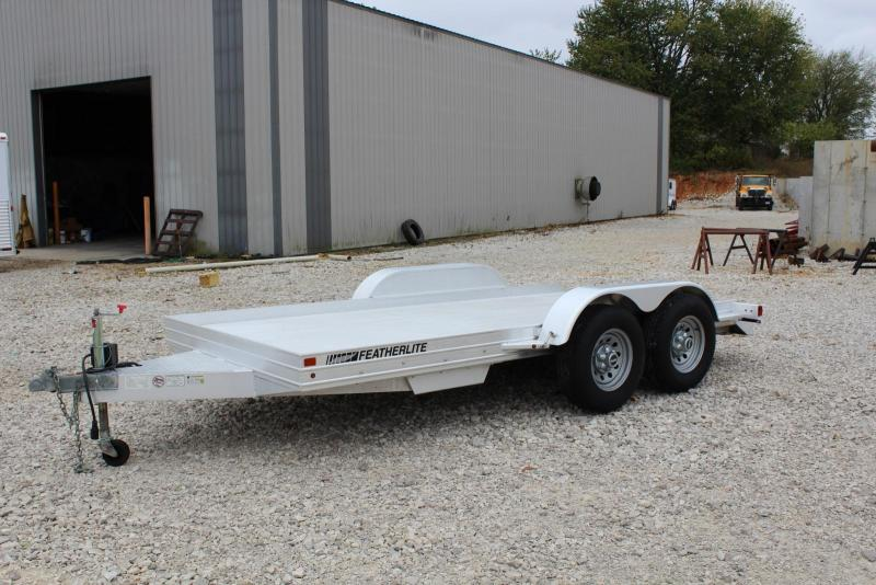 2010 Featherlite 3110-0014 Car / Racing Trailer