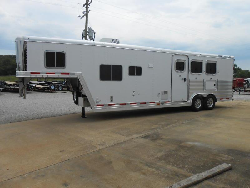 2017 Featherlite 9821-311C Liberty Horse Trailer