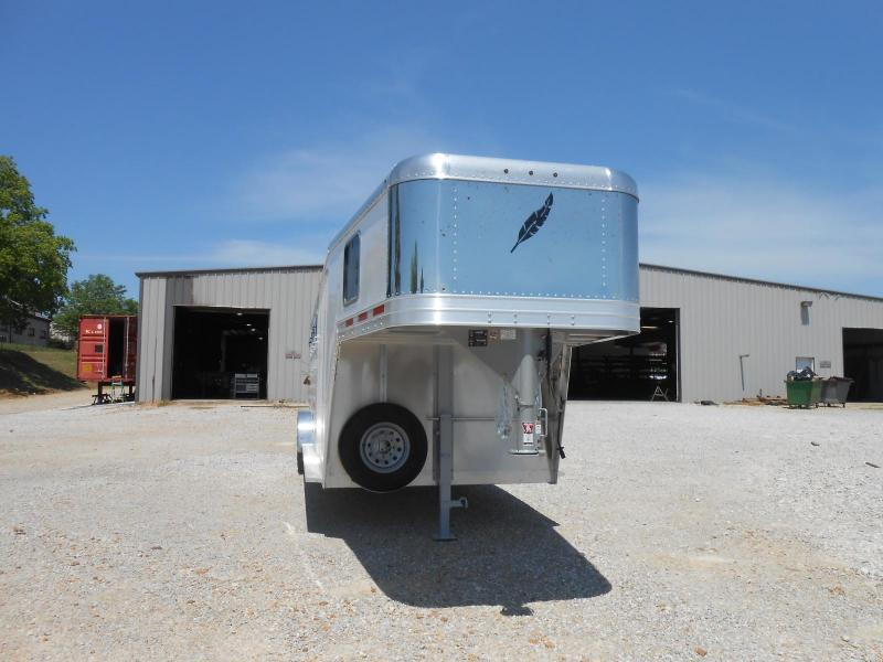 2017 Featherlite 8542-704H Horse Trailer