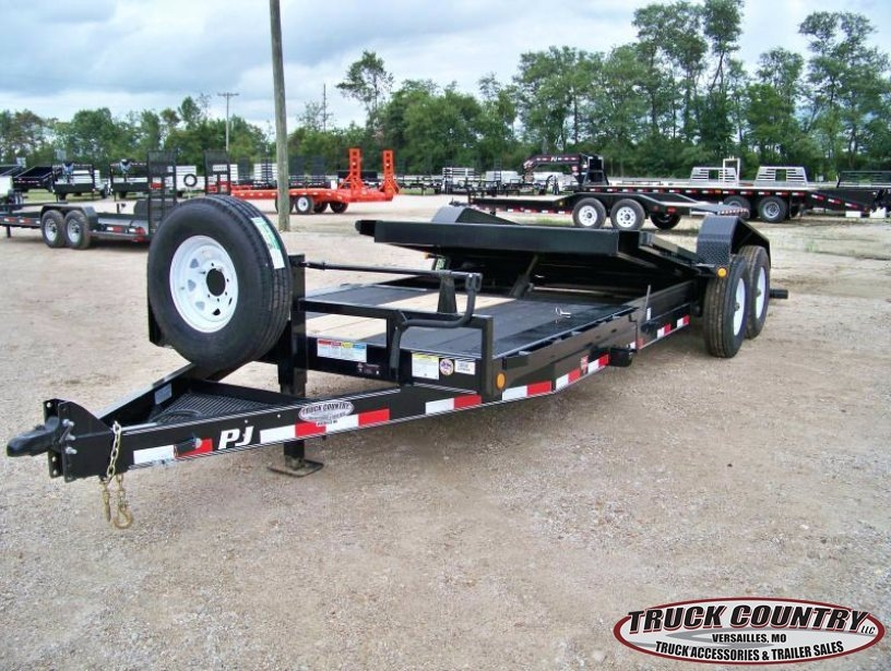 2018 PJ Trailers TJ 22' tilt Equipment Trailer