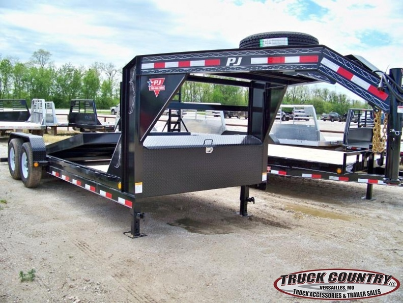 2018 PJ Trailers T6 20' gooseneck tilt Equipment Trailer