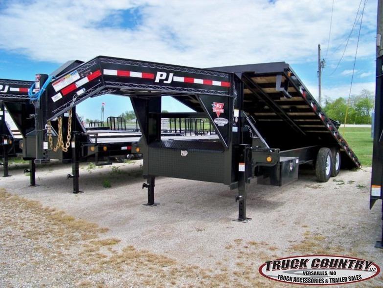 2017 PJ Trailers T9 Tilt 24