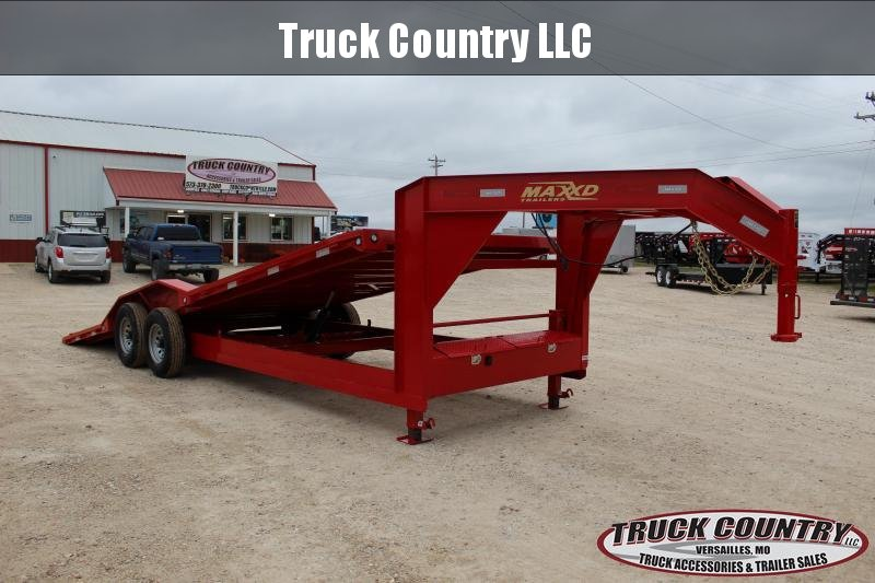 "2019 Maxxd Trailers T6X 102""x24' superwide gooseneck tilt Equipment Trailer"