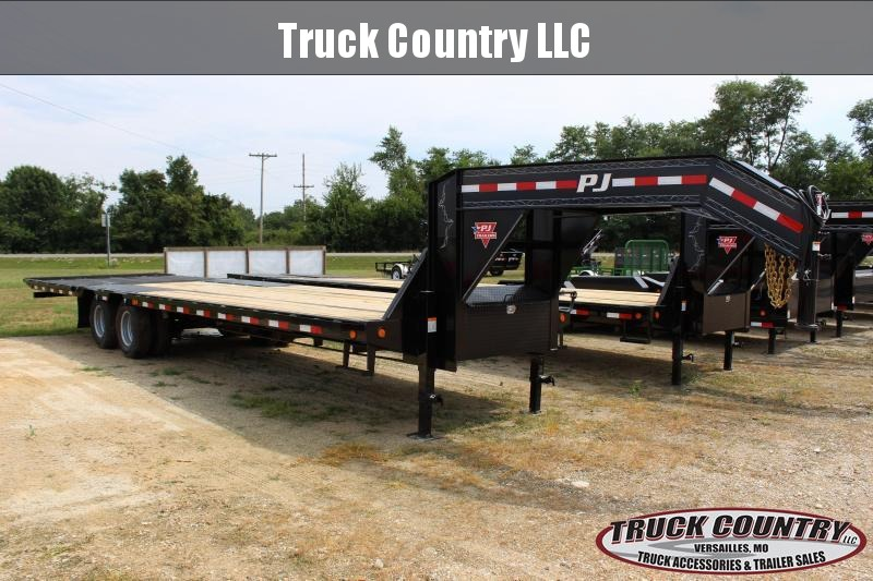 2019 PJ Trailers LY 32 gooseneck Hydraulic dovetail Flatbed Trailer