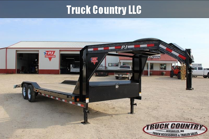 2019 PJ Trailers B6 24' gooseneck superwide Equipment Trailer