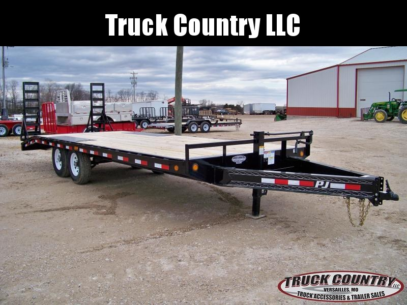 2018 PJ Trailers F8 22 deckover Equipment Trailer