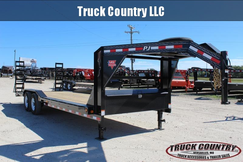 2019 PJ Trailers B6 24' gooseneck Equipment Trailer