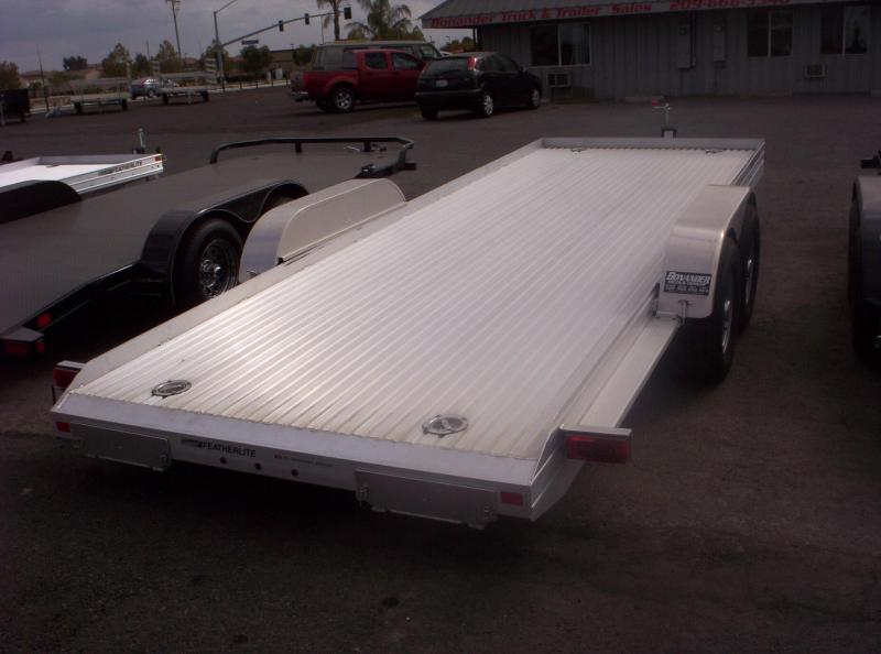 2017 Featherlite 3110 Car / Racing Trailer