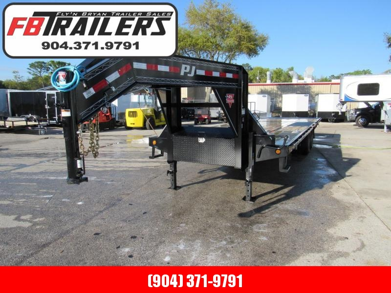 2019 PJ Trailers 30 ft with Hydraulic Dovetail Equipment Trailer