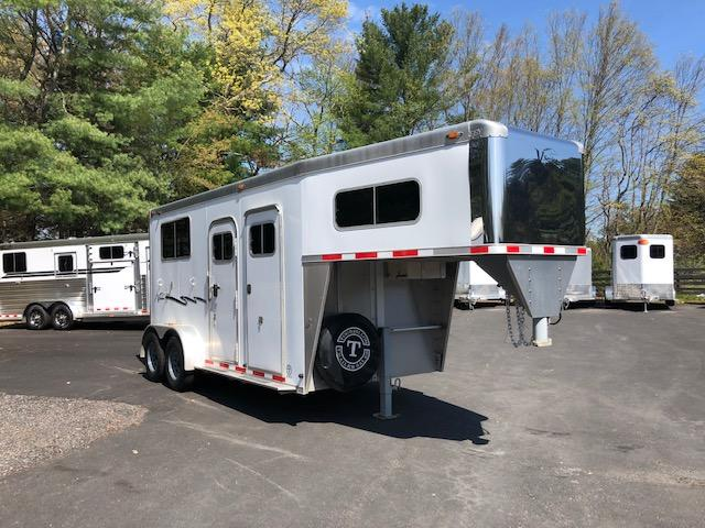 2009 Eby 2 Horse Straight Load Gooseneck With Dres