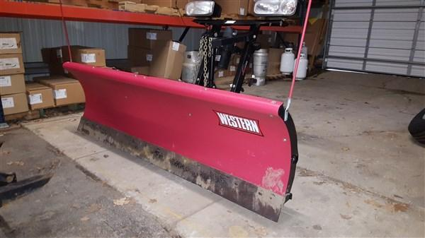 "Used Western 7'5"" Midweight Poly Snow Plow"