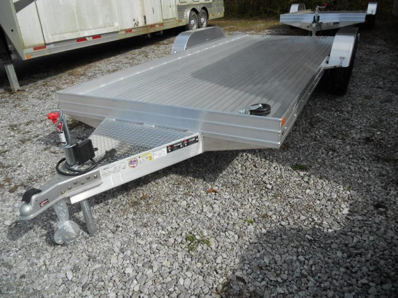 2016 Featherlite 3110-0014 Car / Racing Trailer