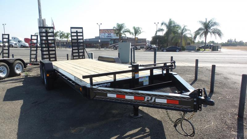 2018 PJ Trailers H4 Equipment Trailer