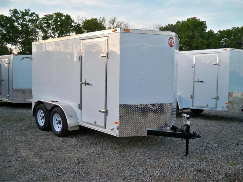 2015 Wells Cargo FT6122 Cargo / Enclosed Trailer