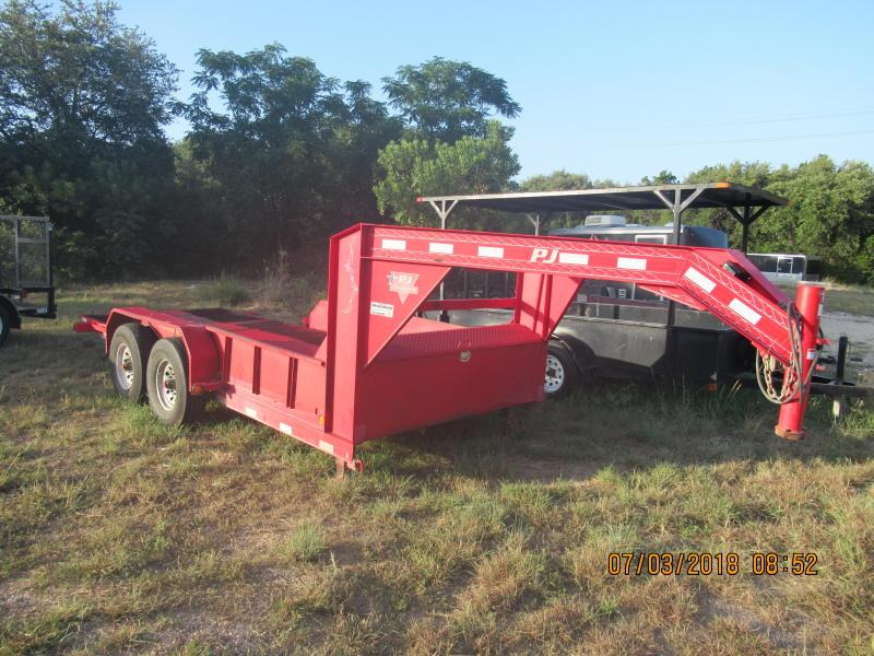 2015 PJ Trailers T616 Equipment Trailer