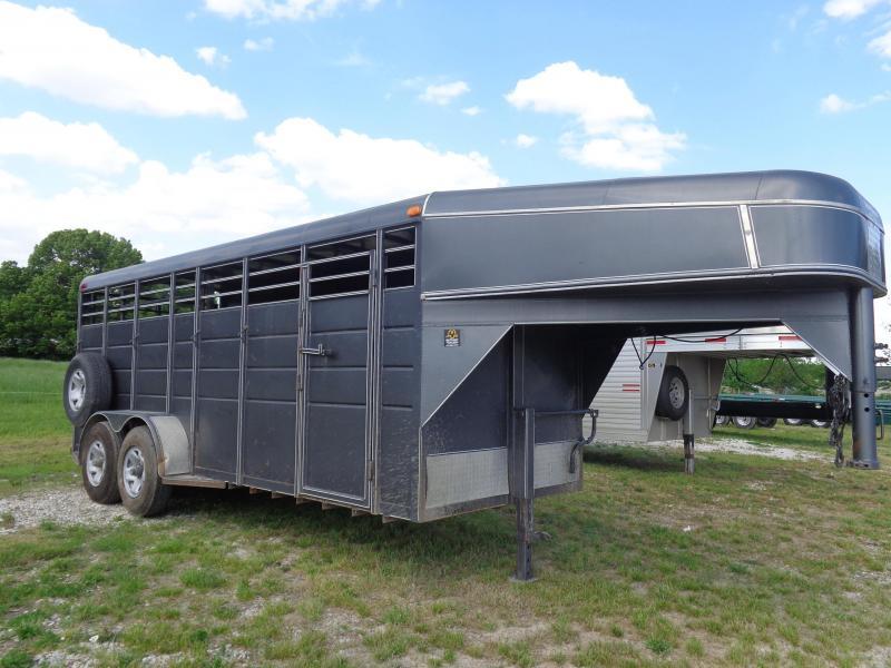 USED 2013 SUTT 18' x 6'  Gooseneck Livestock Trailer