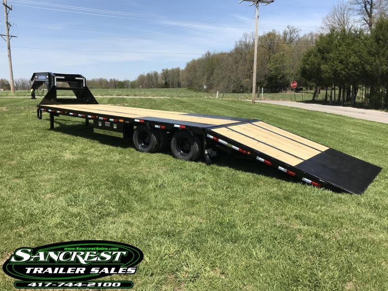 2018 Load Trail 102X32 LOW-PRO GOOSENECK Trailer w/HYRDO TAIL/JACKS