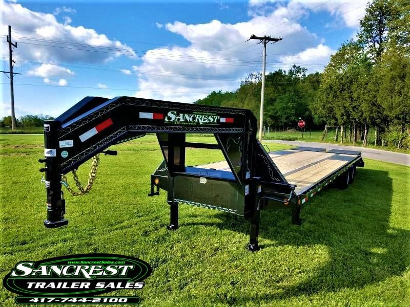 "2018 Load Trail 102"" x 32' Tandem Low-Pro Gooseneck"