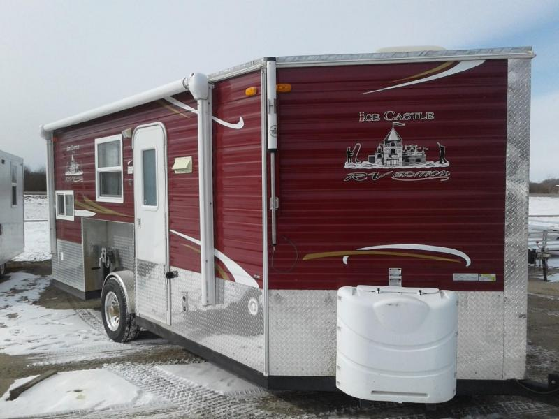 2015 Ice Castle 8 x 17 RV Edition