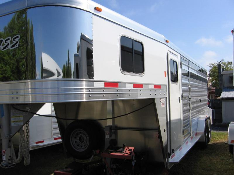 2019 Exiss Trailers STC 7020 Horse Trailer