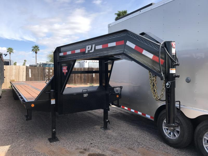 2019 PJ Trailers 102x36 Equipment Trailer WITH A POWER DOVE TAIL