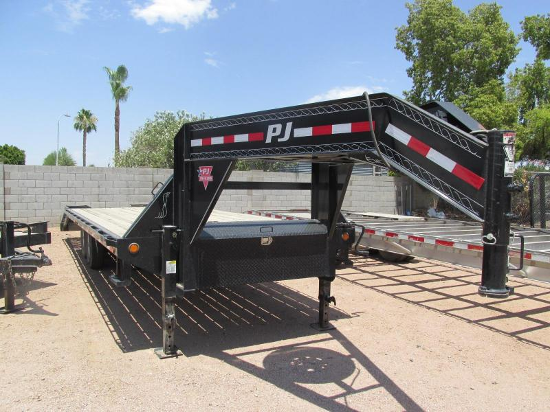 2015 PJ Trailers 102X25 Equipment Trailer