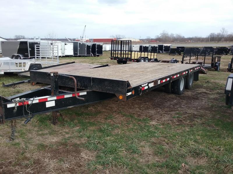 USED 2012 Towmaster 25'  PINTLE 25K W/DUALS Equipment Trailer
