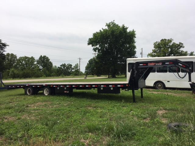 2016 Load Trail GOOSNECK HYDRAULIC DOVE Flatbed Trailer