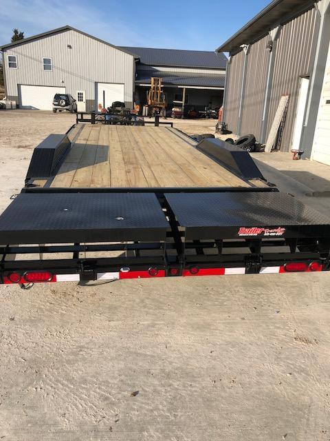 2018 Load Trail 102X24 MAX RAMPS DRIVE OVER FENDERS 14K Equipment Trailer