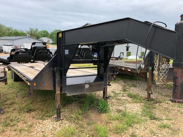 2013 Big Tex Trailers 102X30 Equipment Trailer