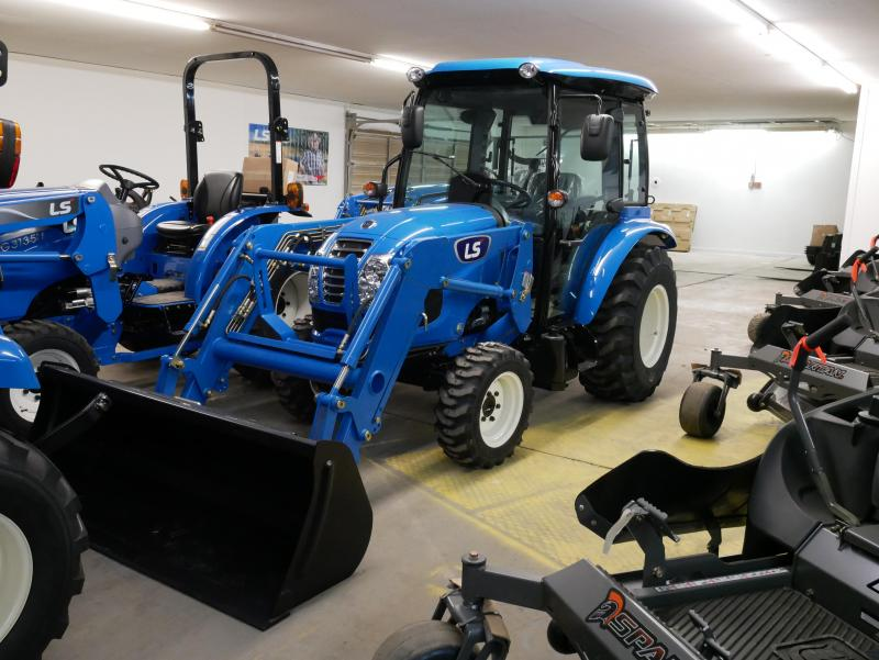 2018 LS Tractor XR3135HC 4x4 Compact Tractor W/Cab