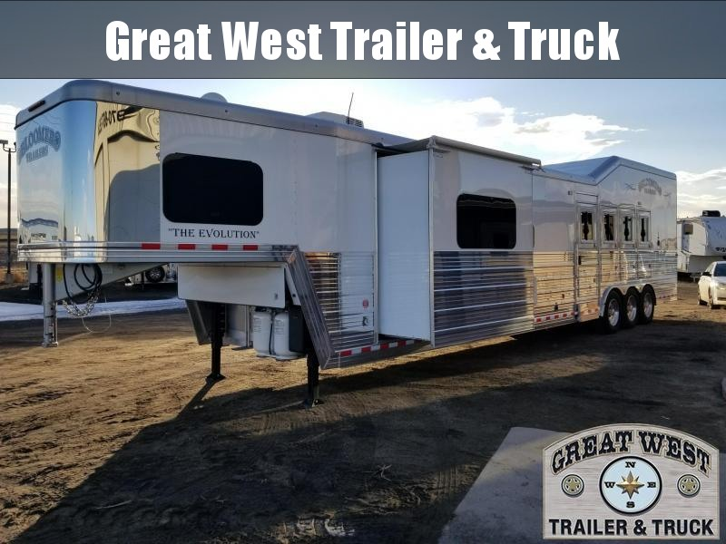 2018 Bloomer Trailer Manufacturing 18 SW 4H PC Slide Out Horse Trailer