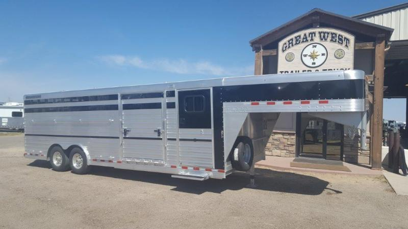 2017 Bloomer Trailer Manufacturing 24 Show Cattle Livestock Trailer
