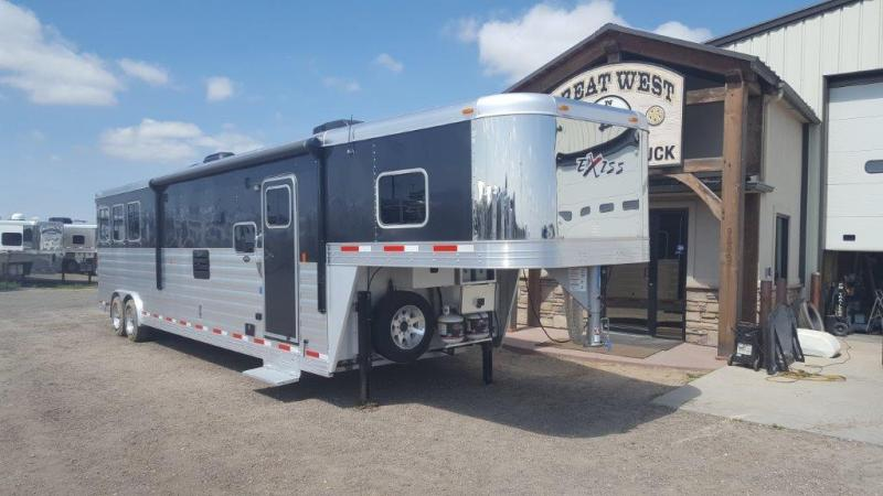 2016 Exiss 8316 SLQ Horse Trailer