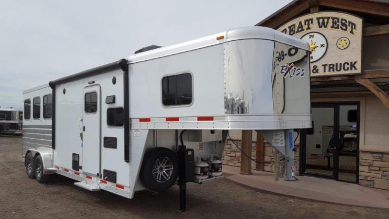 2017 Exiss Trailers Horse Trailer