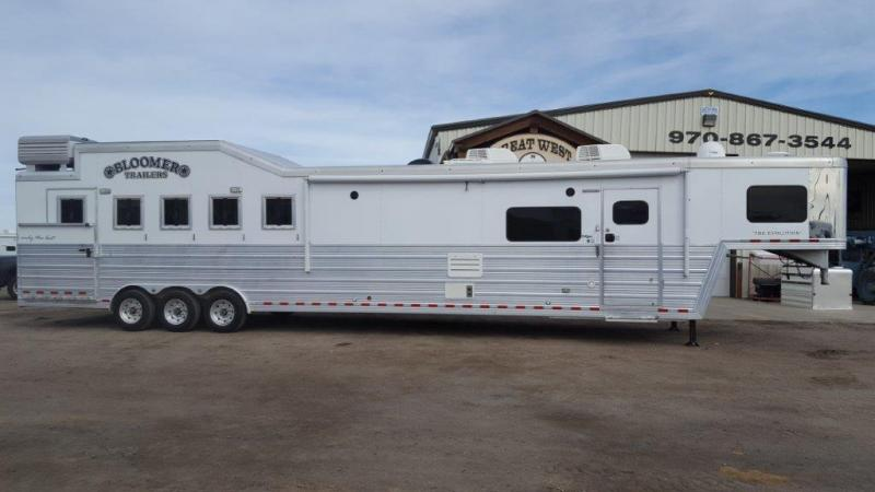 2014 Bloomer Trailer Manufacturing Horse Trailer