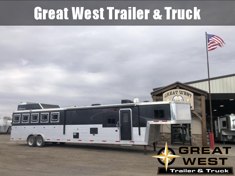 2014 Bison Trailers Bison 5 Horse Bunk Bed Trailer Horse Trailer