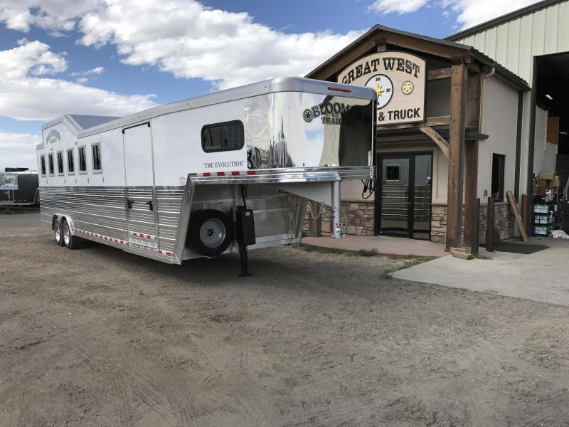 2018 Bloomer Trailer Manufacturing 6 Horse Trainer