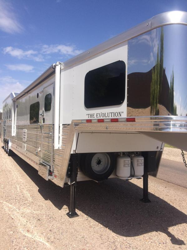 2017 Bloomer Trailer Manufacturing Horse Trailer Arizona Location}