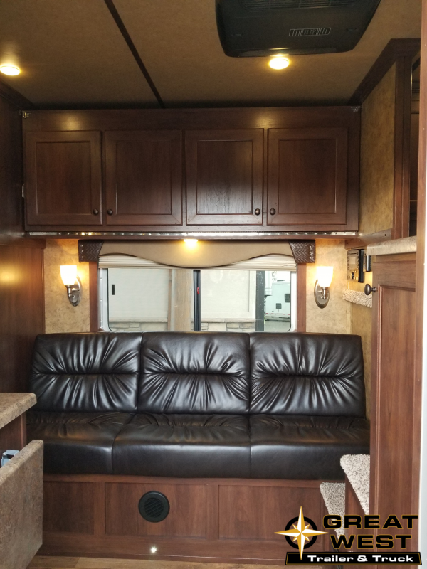 2019 Exiss Trailers Exiss Escape 7310 Horse Trailer