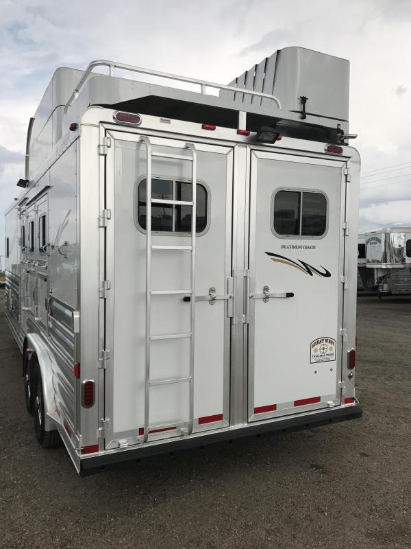 2017 Platinum Coach Horse Trailer