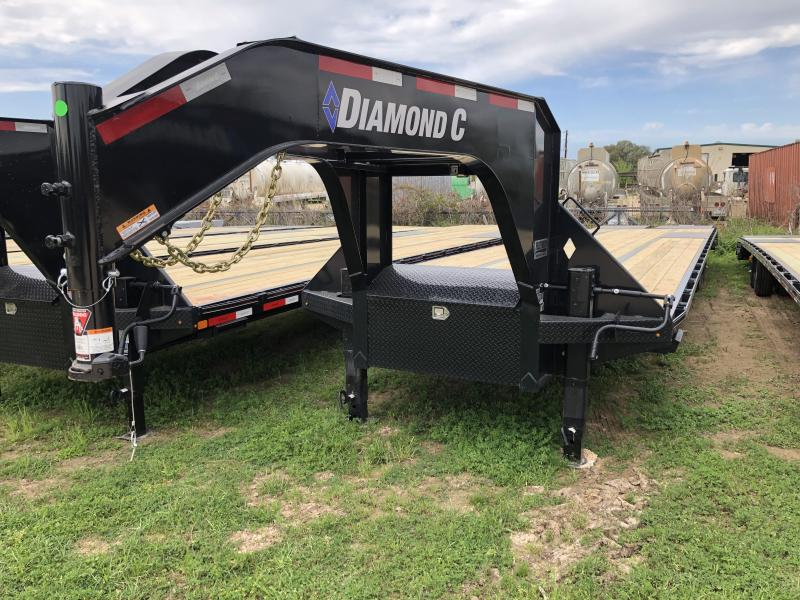 2019 Diamond C Trailers 40' G. MAX RAMPS HUTCH SUSPENSION
