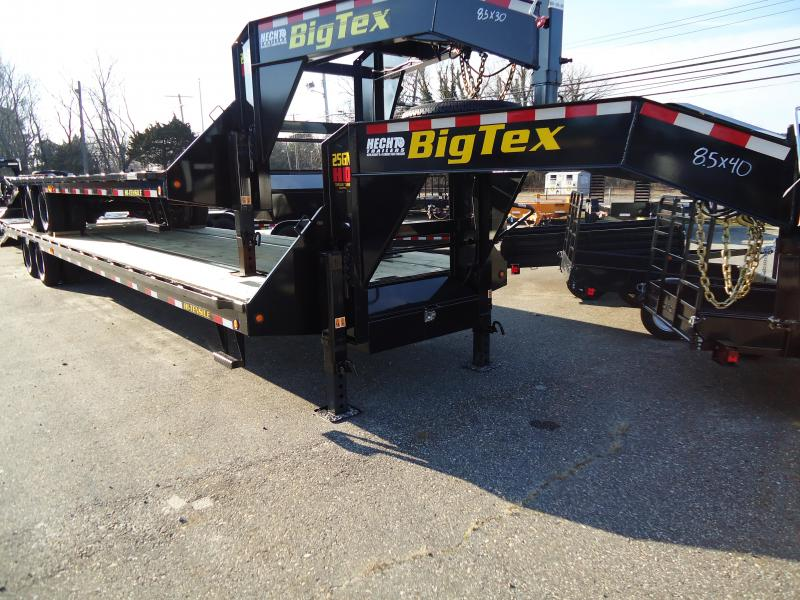 2019 Big Tex Trailers GN 8.5X40 25GN 35BK5MR MEGA BLACK Equipment Trailer