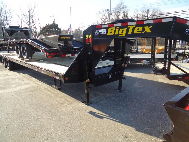 2019 Big Tex Trailers GN 8.5X35 22GN 30BK5MR MEGA BLACK Equipment Trailer