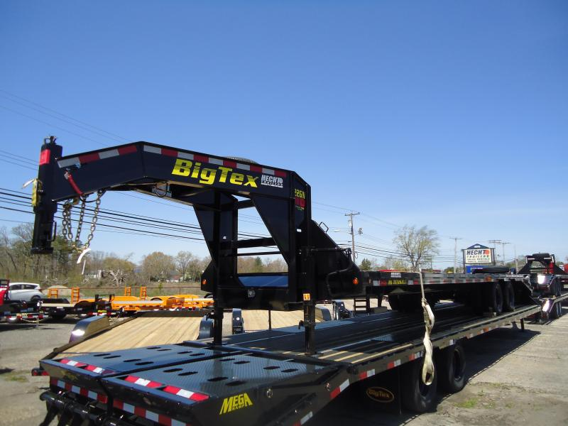 2018 Big Tex Trailers EH 8.5X33 22GN 28BK5MR DT MEGA BLACK Equipment Trailer