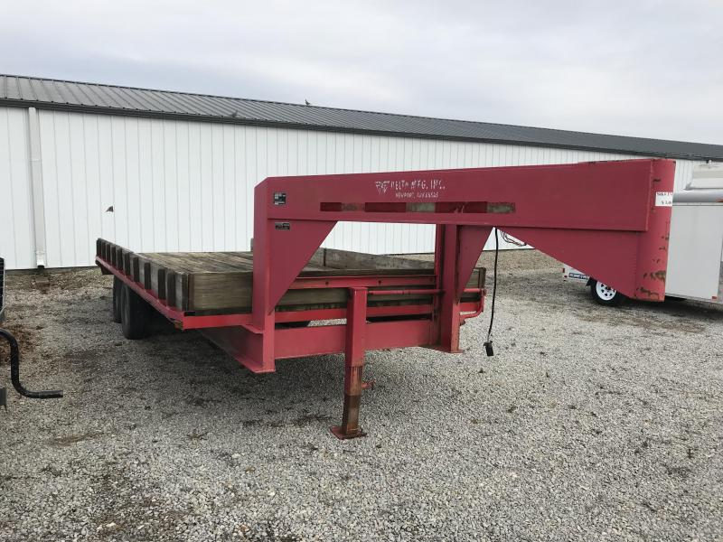 1997 Delta Manufacturing 8.5x20 Goosneck Flatbed Trailer