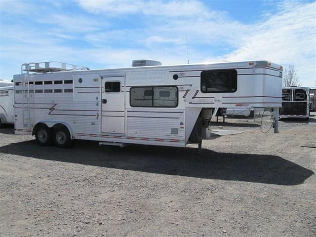 1995 Sundowner 3 Horse Living Quarter Horse Trailer