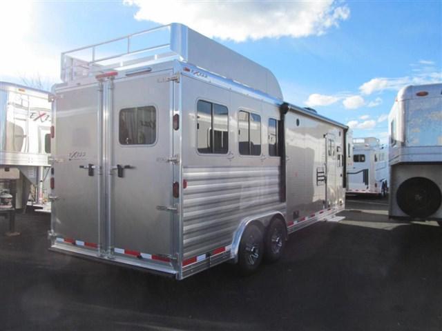 2017 Exiss 8310 Endeavor Glide Horse Trailer