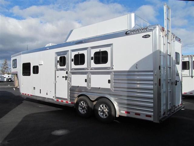 2017 Cimarron Norstar 3 Horse w/10