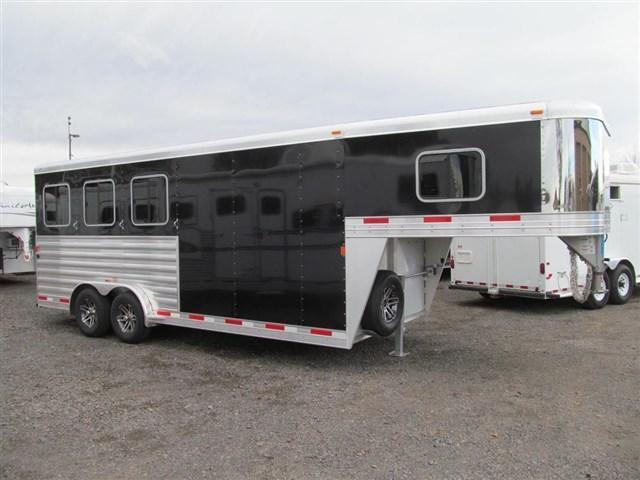 2017 Exiss 7300 X-Tall X-Wide Gooseneck Horse Trailer
